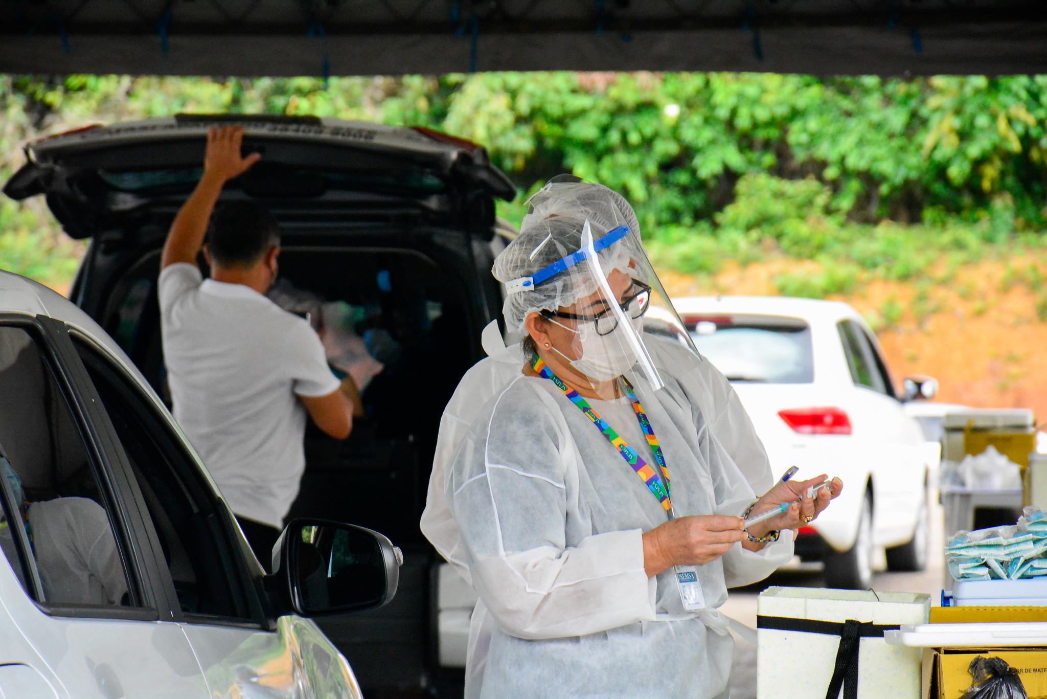 Prefeitura abre mais um posto de vacinação contra a Covid-19 para trabalhadores de saúde