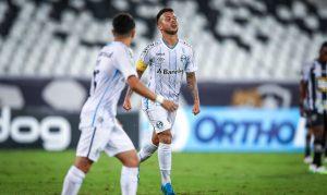 Grêmio vence Botafogo e continua na briga por vaga para Libertadores