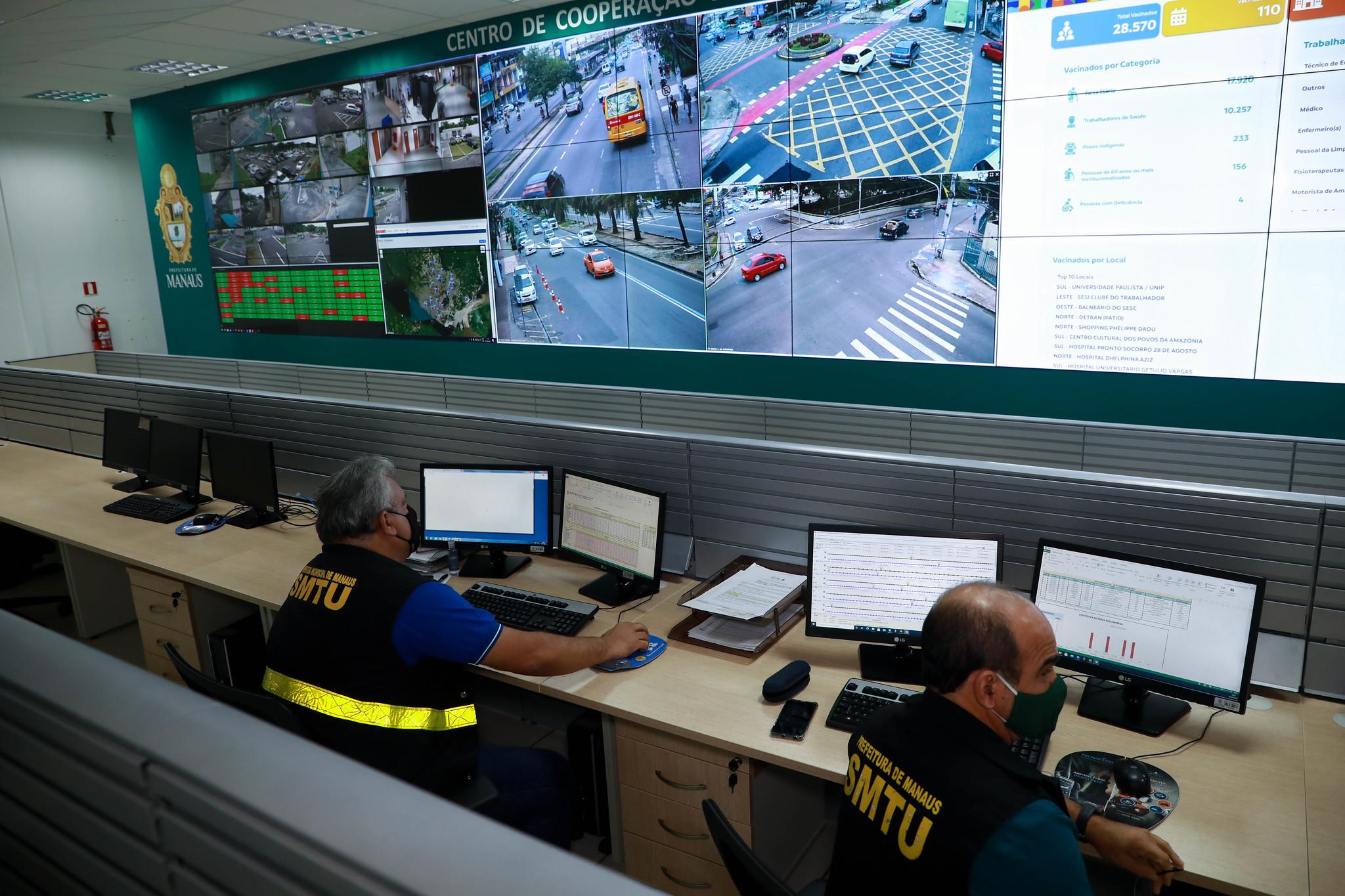 Prefeitura monitora frota de ônibus em tempo real