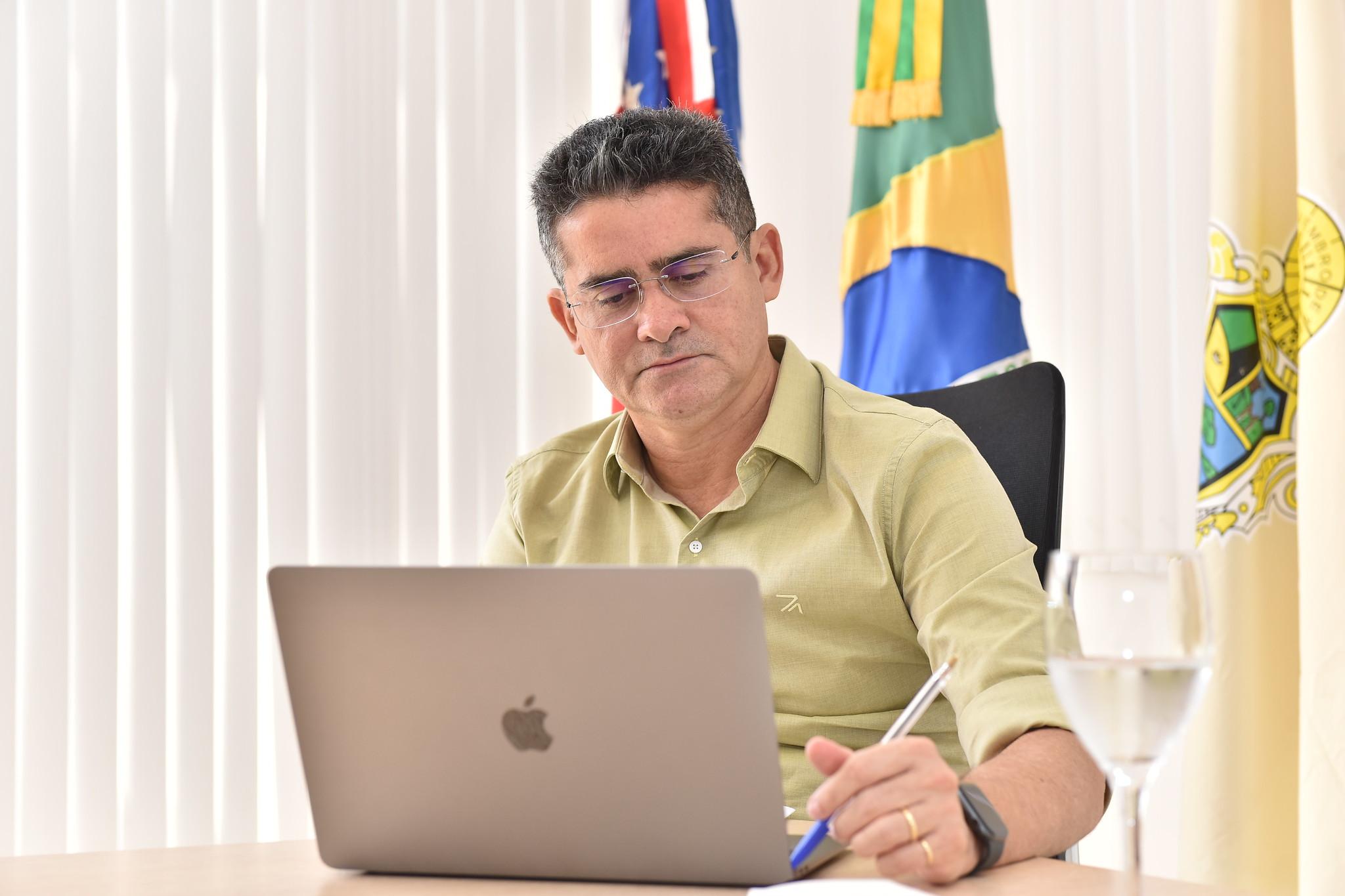 Prefeito suspende funcionamento de escolas municipais nos dias de aplicação das provas do Enem