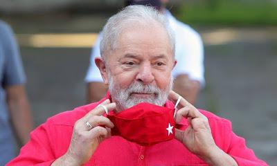 'Huck é uma aventura' diz Lula que acredita em reeleição de Bolsonaro