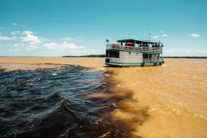 Guias de turismo, canoeiros e empresários do setor pedem socorro no Amazonas