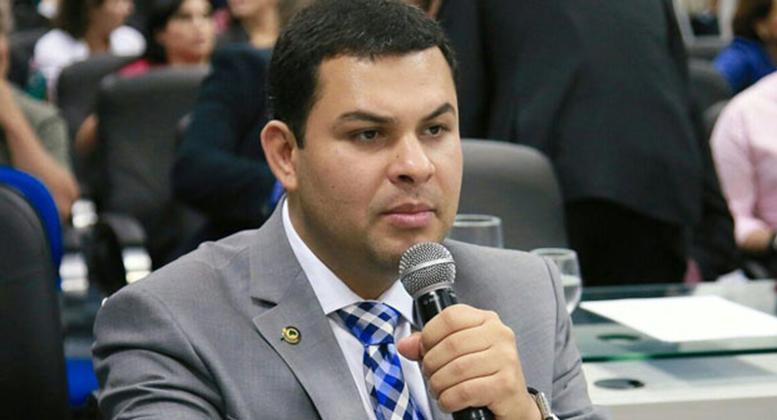 Prisão do deputado Saullo Vianna foi pedida pelo MP-AM mas Justiça negou