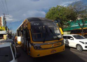 Dupla de suspeitos aterroriza passageiros do ônibus da linha 600 na ZL