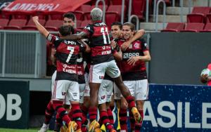 Flamengo é campeão brasileiro mesmo após perder para o São Paulo no Morumbi