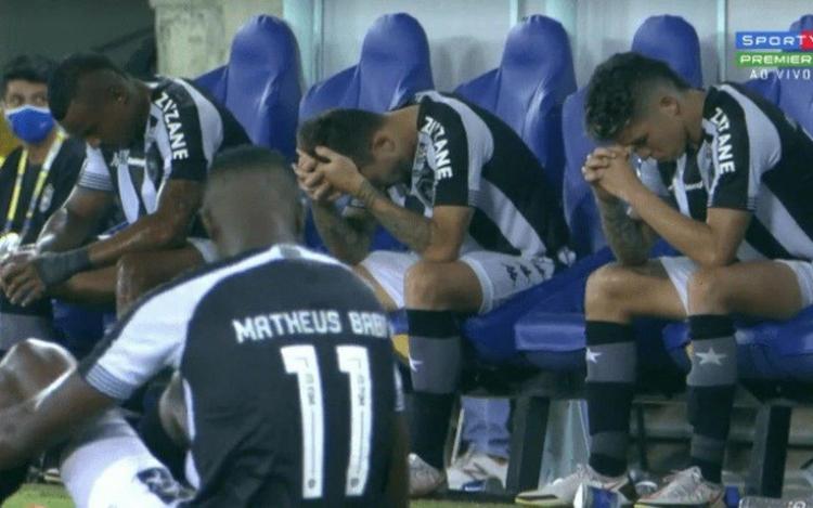 Botafogo é rebaixado pela 3ª vez em sua história após derrota para o Sport