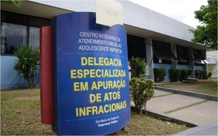 Adolescente é investigado por estuprar a própria irmã de 8 anos em Manaus
