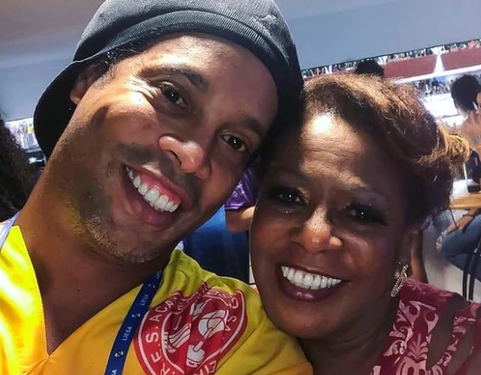 Morre Miguelina Assis, mãe de Ronaldinho Gaúcho. Corpo será sepultado neste domingo em Porto Alegre