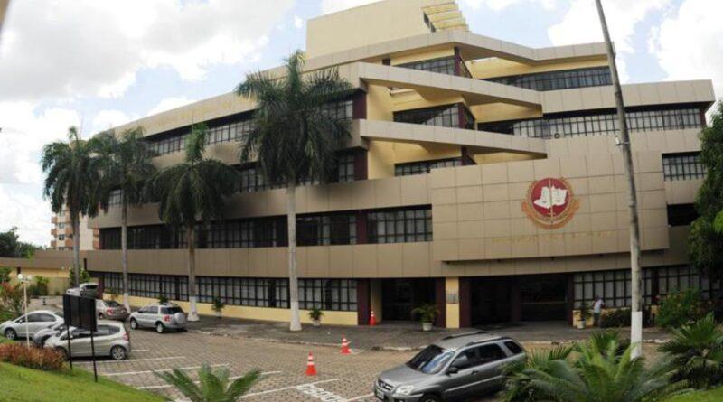 Ministério Público pede afastamento do prefeito David e de médicos suspeitos de furarem a fila da vacina