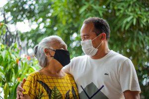 Caos na Pandemia: Famílias lutam pela vida em meio às mortes da Covid-19