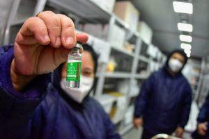 Amazonas recebe 2 mil doses de vacina contra Covid, de 120 mil previstas pelo Ministério da Saúde