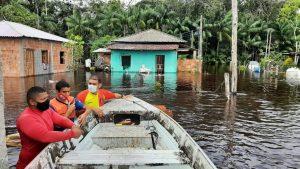Famílias ficam desabrigadas após inundação no interior do Amazonas