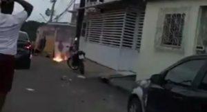 Homem morre eletrocutado após fio de alta tensão cair em cima de pula pula em Manaus