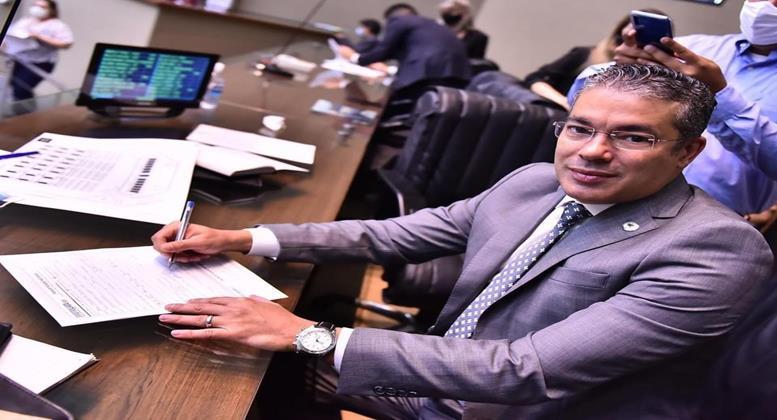 Josué Neto é nomeado como novo conselheiro do TCE-AM