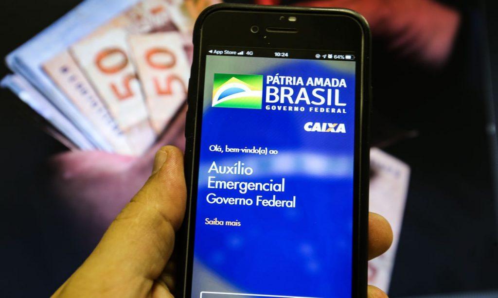 Auxílio emergencial: 3 milhões de brasileiros terão que devolver benefício