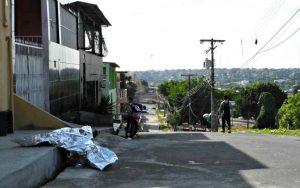 Casal de adolescentes torturado por traficantes é resgatado pela polícia no AM