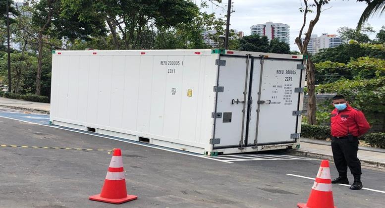 Com avanço da pandemia, governo do RS avalia adotar medida usada no AM e instalar contêineres frigoríficos em hospitais para armazenar corpos