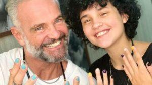 Ator Mateus Carrieri fala sobre transição de gênero do filho pela primeira vez