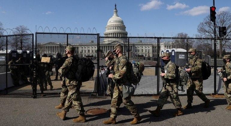 Washington tem dia de segurança reforçada após alerta de invasão