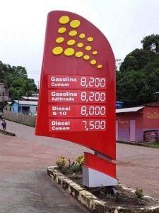 Preço do litro da gasolina chega a R$ 8,20 em município do Acre