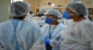 Depois do AM, outros estados brasileiros enfrentam momento crítico da pandemia com hospitais lotados