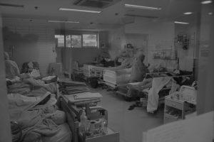 SC registra 16 mortes de pacientes com Covid à espera por leitos especializados