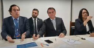 Bolsonaro diz que Pazuello deixa o cargo de ministro da Saúde hoje