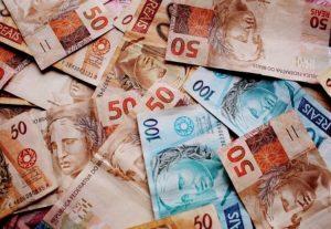 Governo federal deve antecipar 13º de aposentados e pensionistas