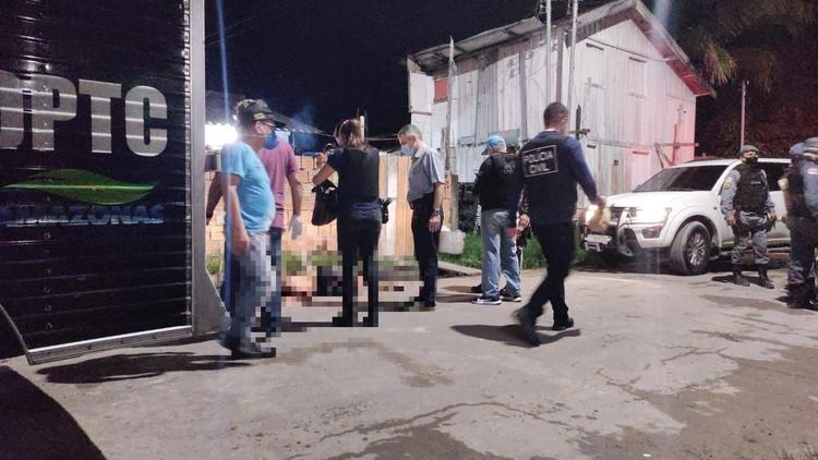 Suspeito de assaltar com 'peixeira' é executado por justiceiro em Manaus