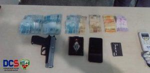 Homem é preso com R$ 3 mil após roubo ao Bradesco em Manaus