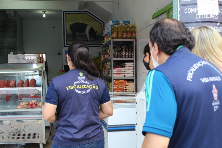 Comércios em Manaus são vistoriados para conferir cumprimento de decreto