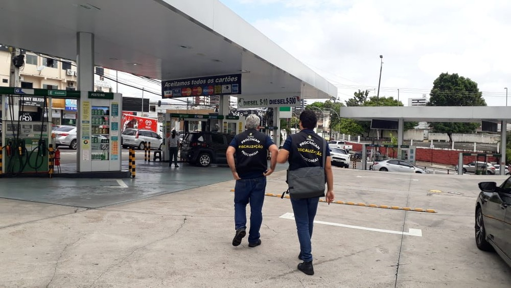 41 postos de combustíveis são processados por reajuste abusivo em Manaus