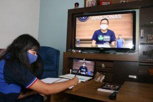 Prefeito de Manaus convoca 400 professores e anuncia auxílio de R$ 70 para acesso à internet