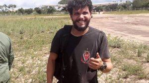 Após resgate em área isolada de floresta, chega a Santarém piloto que ficou desaparecido 36 dias no Pará