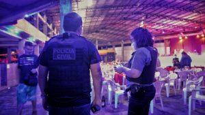 Festa clandestina com cerca de 300 pessoas é encerrada em Manaus