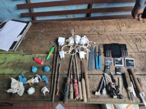 Polícia apreende celulares e facas durante revista em presídio no Amazonas