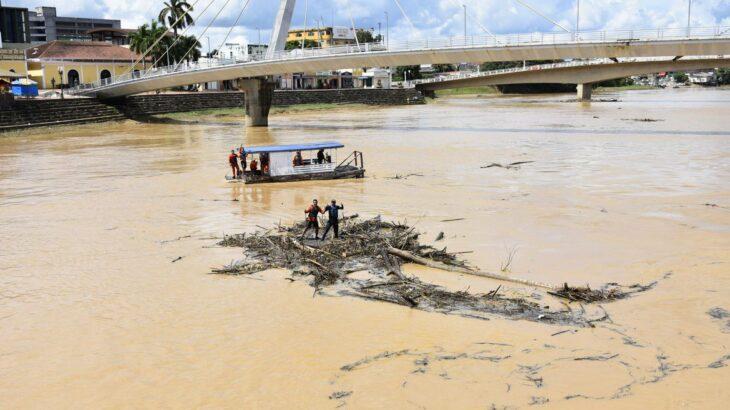 Receita prorroga tributos de municípios afetados por inundação no Acre