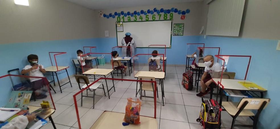 Aulas no ensino médio são retomadas no Amazonas