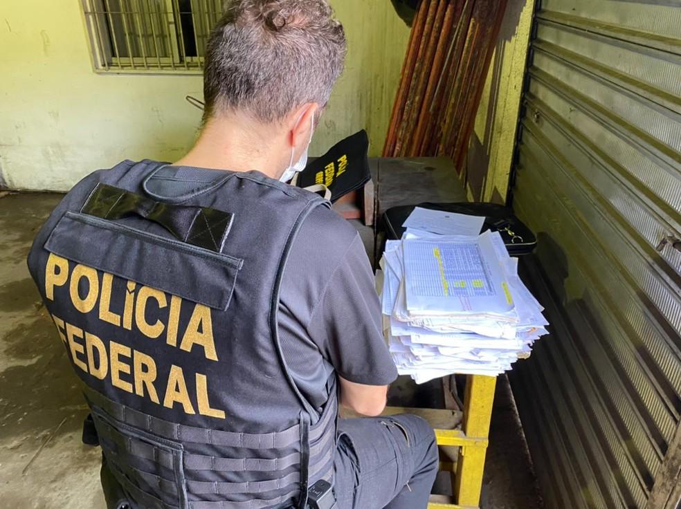 Polícia Federal faz operação contra desvios de dinheiro público no AM