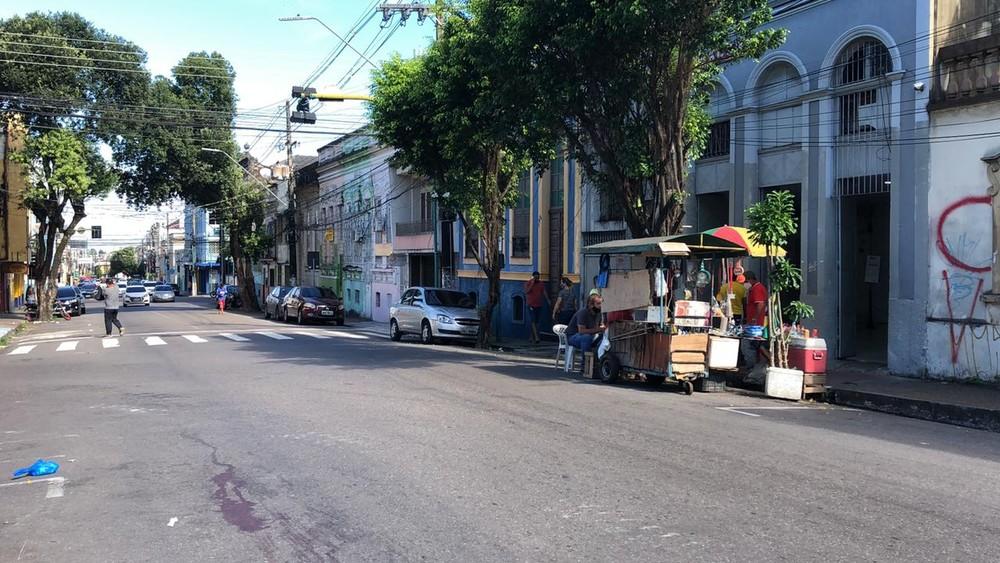 Travesti é morta a pauladas no Centro de Manaus