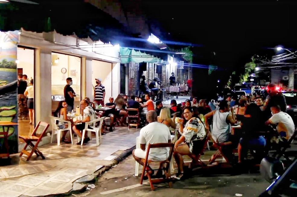 Mais de 500 pessoas são flagradas em bares e festas clandestinas em Manaus
